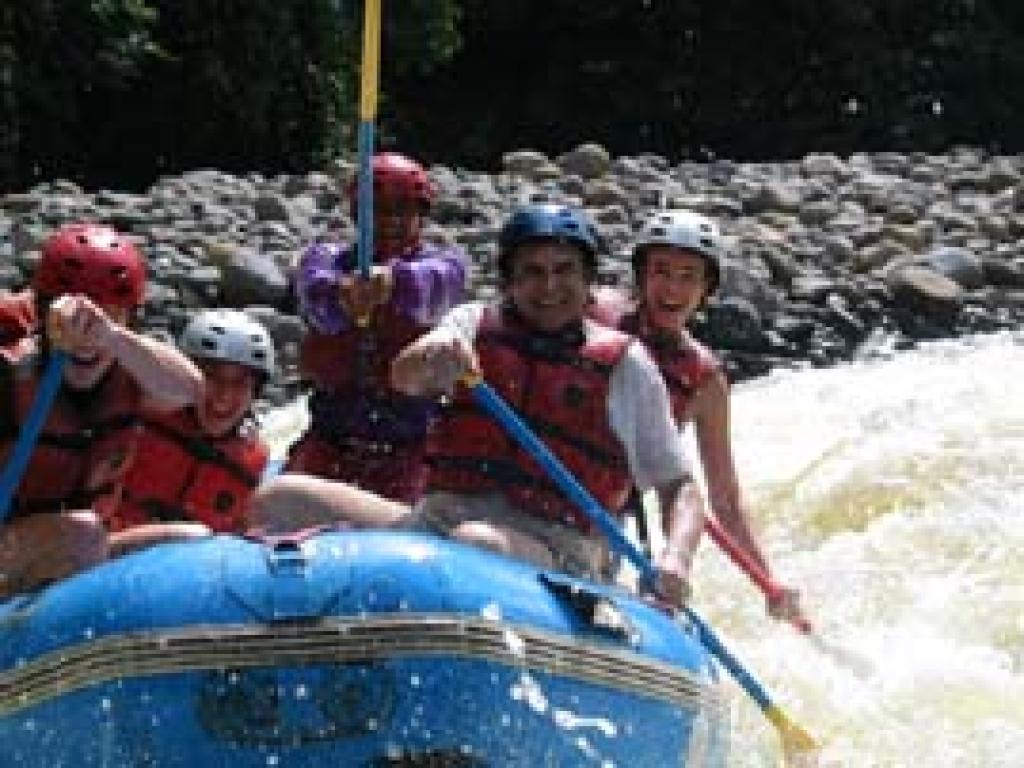 Whitewater rafting rio tenorio