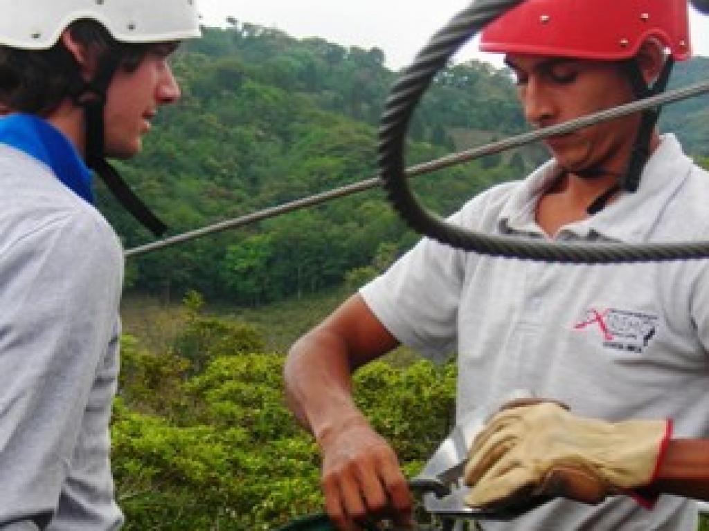 Ziplining Monteverde Extremo Canopy