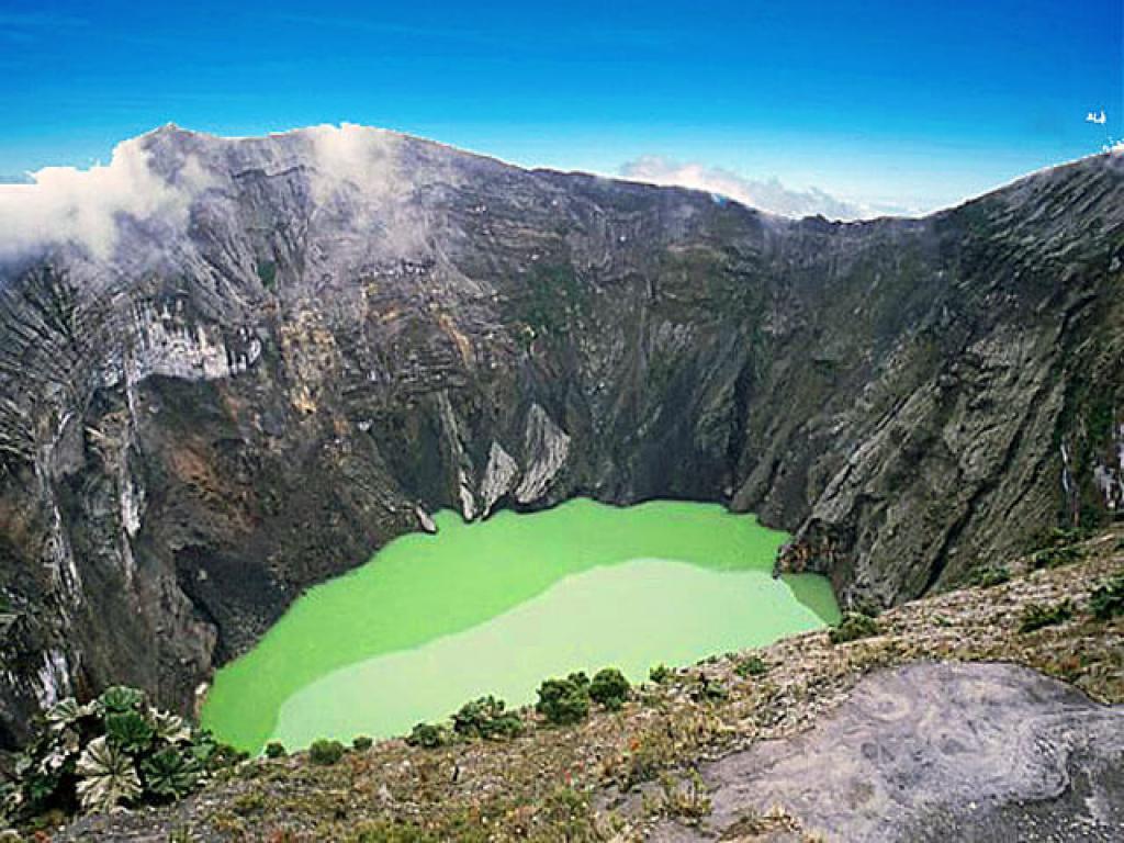 Irazu Volcano, Lankester Gardens and Orosi Valley Costa Rica