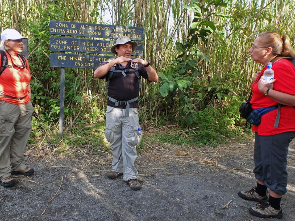 Hike Arenal Volcano National Park