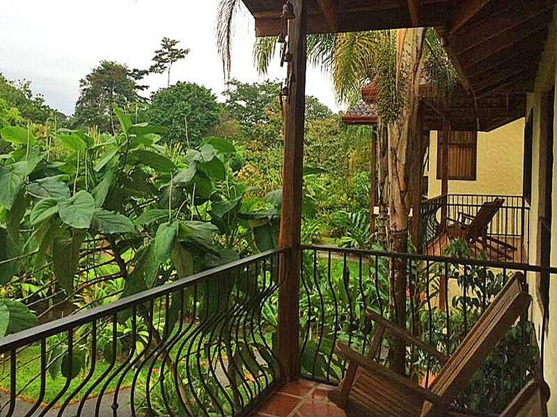 Casa Luna Lodge Balcony