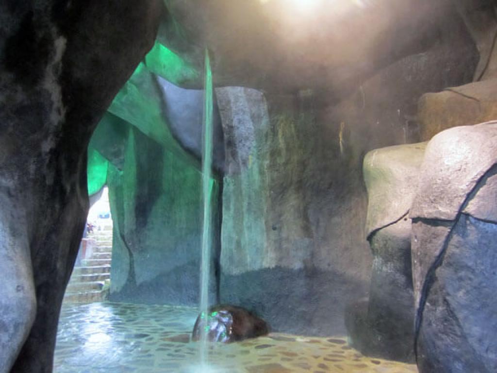 Caves Baldi Hot Springs