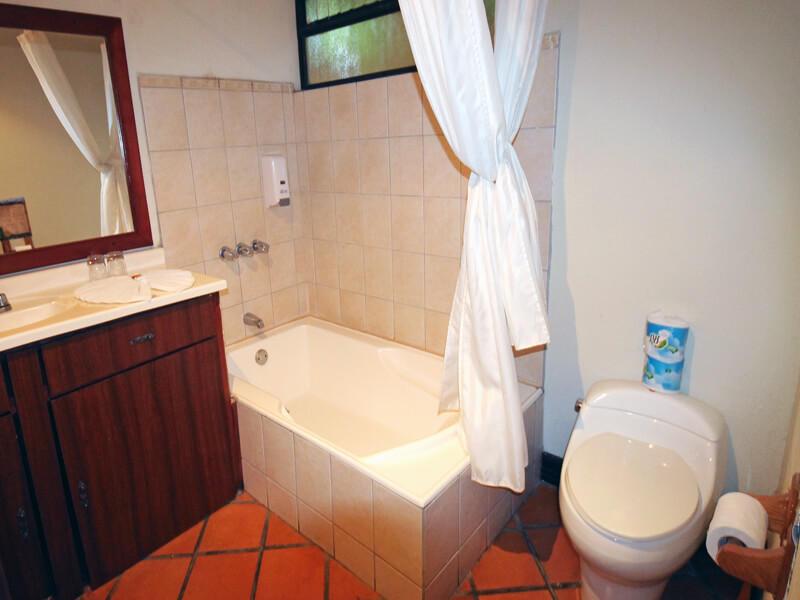 Bathroom Trapp Family Country Inn San Jose Costa Rica
