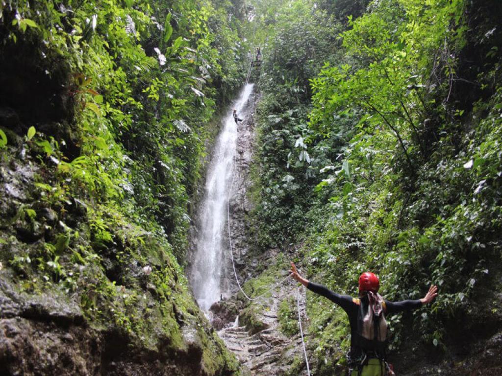 Rapel down a magical rainforst waterfall in Arenal Costa Rica