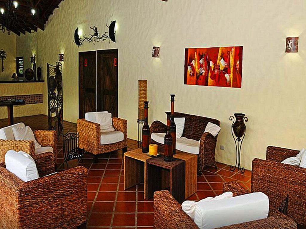 Casa Luna Lodge Reception
