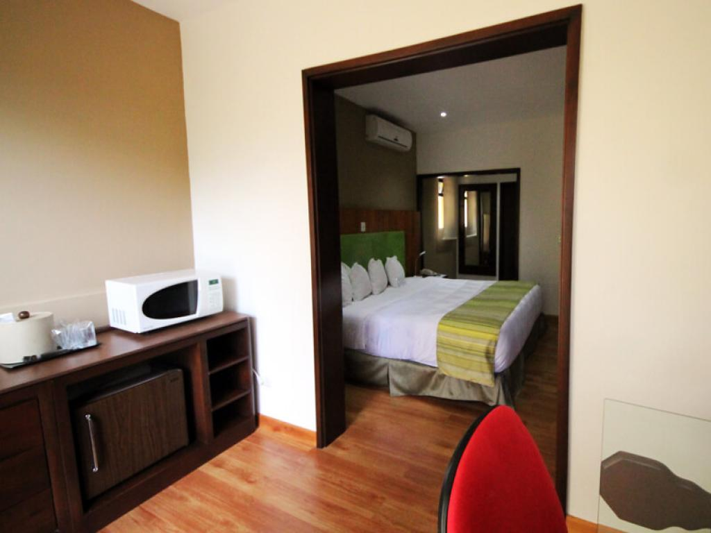 Country Inn and Suites Costa Rica Rooms