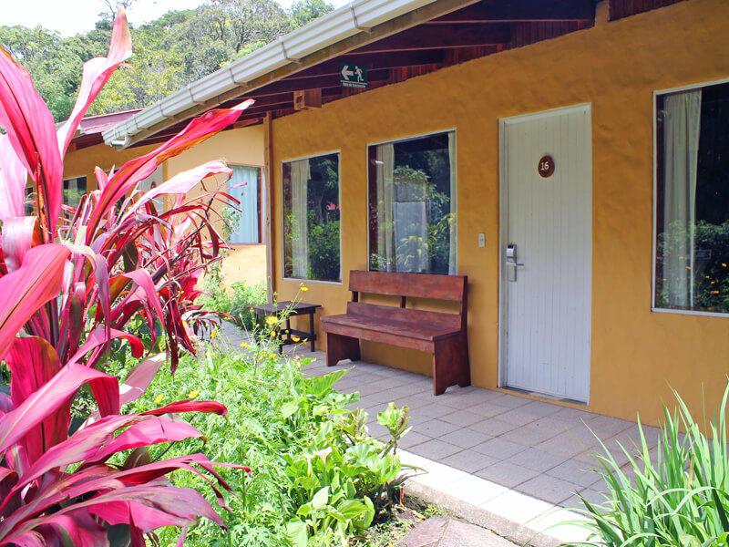Hotel El Bosque Cabins Monteverde