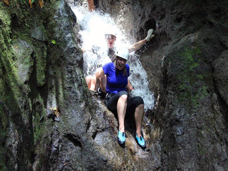 Desafio Adventure Company Canyoneering
