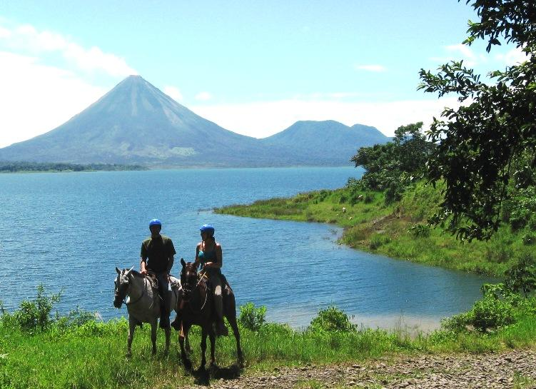 Horseback Riding Monteverde | Horseback Ride from Monteverde to Arenal Volcano Costa Rica