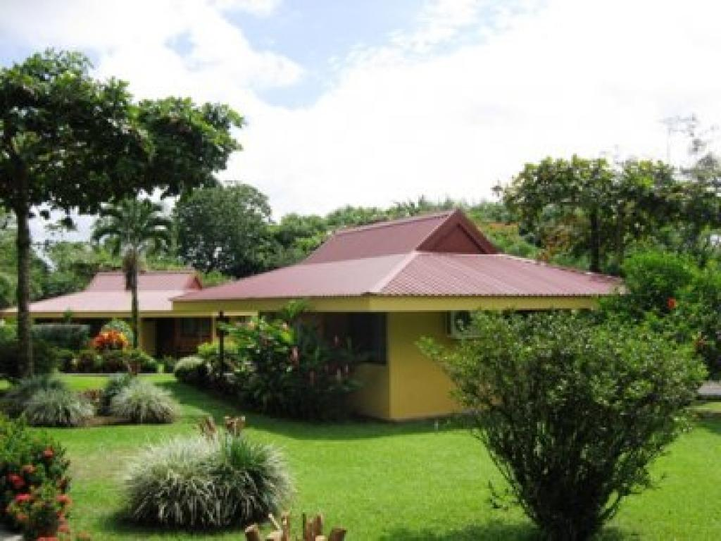 Cabins Hotel Arenal Country Inn