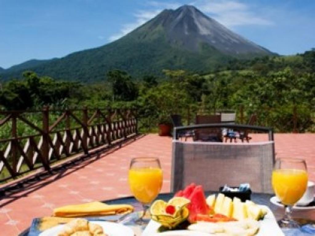 Breakfast at Arenal Springs