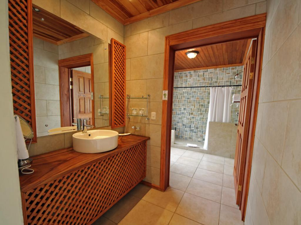 Modern Bathrooms Hotel Ficus