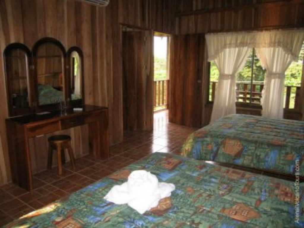 Hotel Lomas del Volcan 3