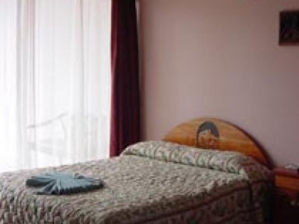 Hotel Los Lagos Bedroom