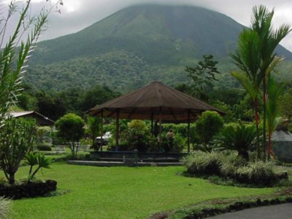 Los Lagos Resort