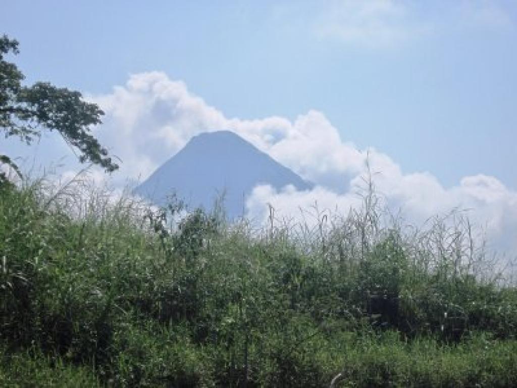Arenal Volcano Tour Kayaking