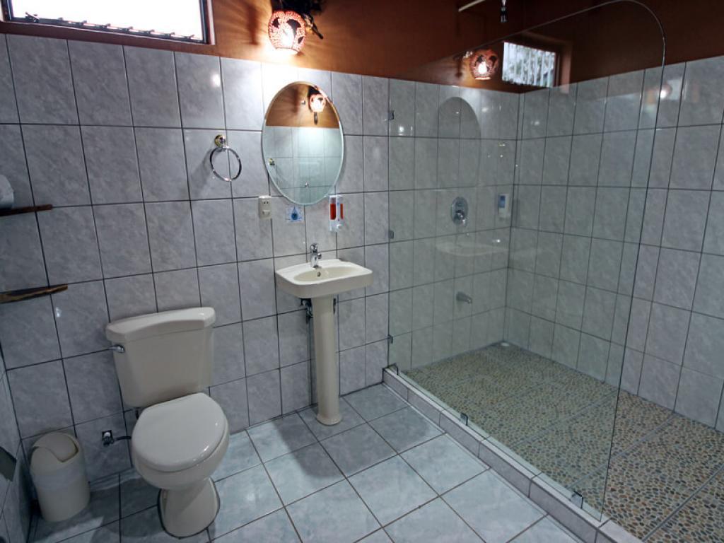 Rustic Lodge Bathroom Family Room