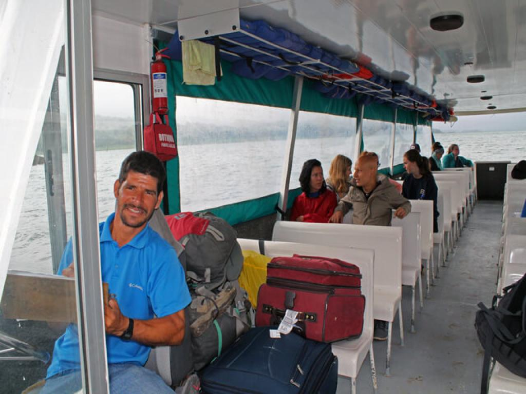 On the Taxi-Boat-Taxi to Arenal