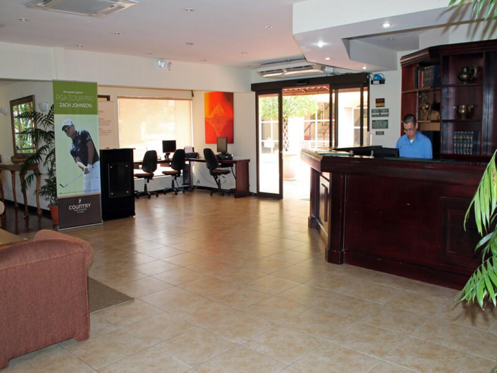 Reception Desk Country Inn and Suites Costa Rica