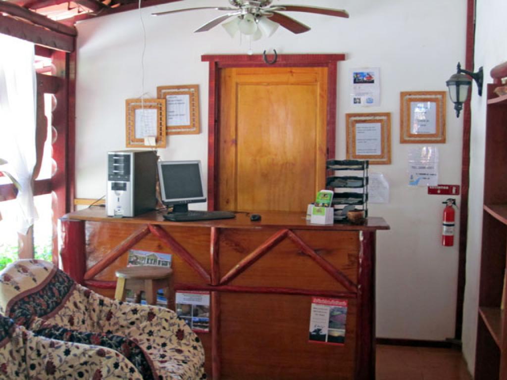 Hotel Rancho de la Playa Reception
