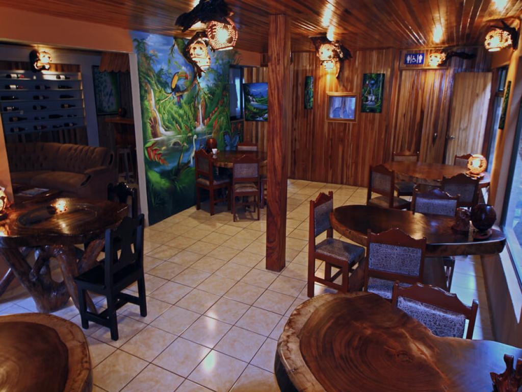 Dining Area Monteverde Villa Lodge