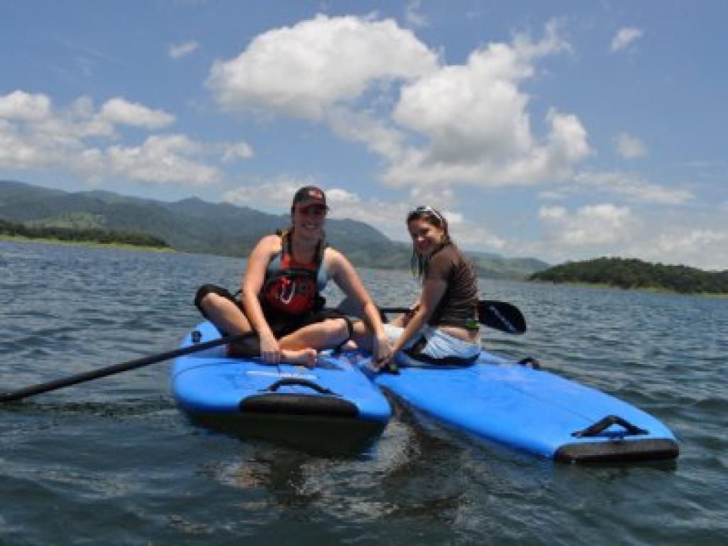 stand up paddling Arenal Lake