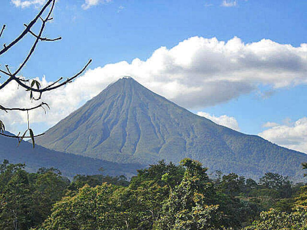 Arenal Volcano Views